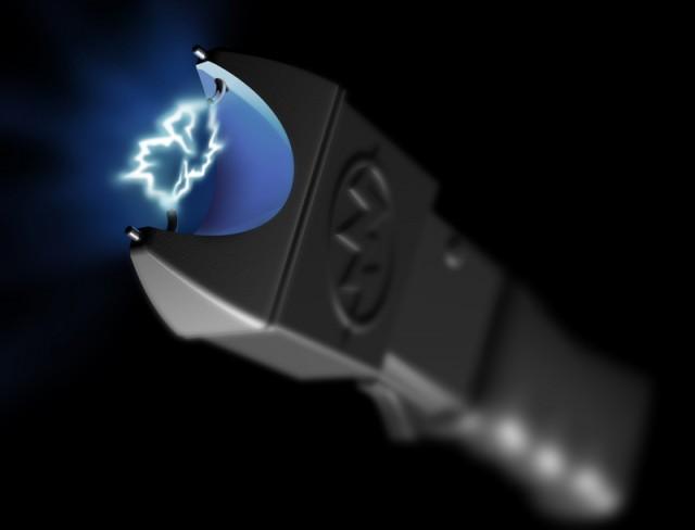 Elektronisk sjokkvåpen, såkalt «stun gun». Illustrasjonsbilde: Paul Fleet