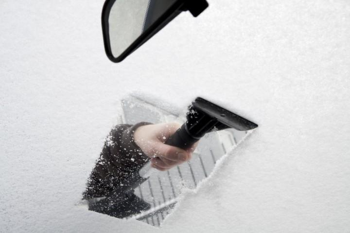 Du må skrape litt mer enn dette om du vil beholde førerkortet. Illustrasjonsfoto: Marijus Auruskevicius