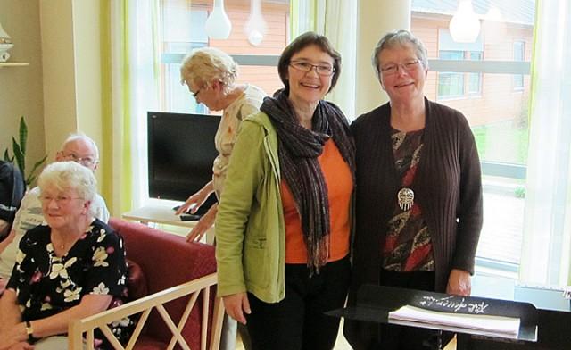 Kine Hellebust og pianist Unni Leiros Pettersen. Foto: Esben Waage