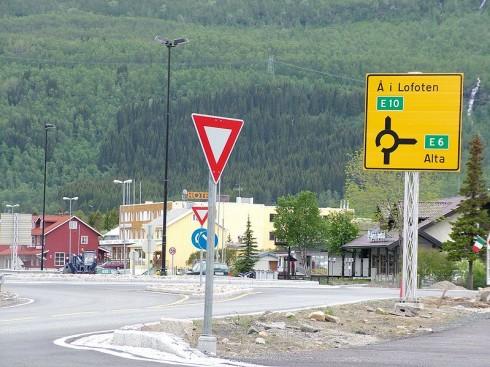 Rollen som veikryss gjør at Bjerkvik passer godt til plassering av turistinformasjon. Foto: Clemensfranz